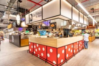 L'un des quatre stands de cuisine thématique au coeur même du supermarché Mega Image.