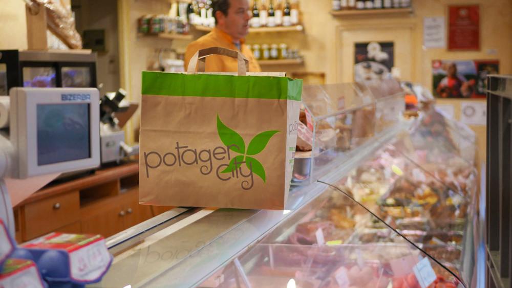 Comment Carrefour fait grandir Potager City