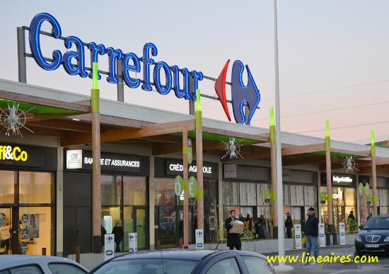 Une trentaine d'hypers Carrefour menacés de fermeture en France?