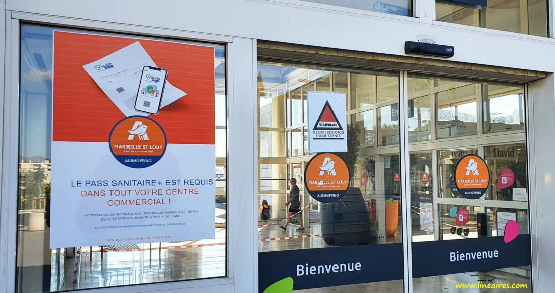 Le pass sanitaire exigé à l'entrée d'un centre commercial
